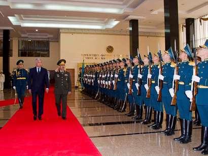 عکس: جمهوری آذربایجان و قزاقستان توافق همکاری نظامی امضاء کردند / آذربایجان