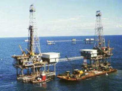 عکس: خارجیها ۲۸۰ میلیارد دلار در صنعت نفت ایران از دست دادهاند / ایران
