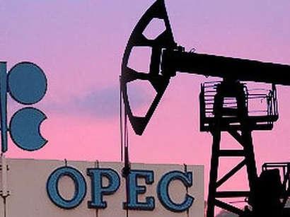 عکس: بازار نفت در نیمه دوم ۲۰۱۷ به توازن میرسد / ایران