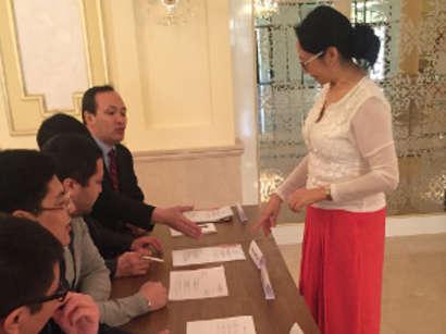 عکس: 69.7 درصد واجدین شرایط در همه پرسی آذربایجان شرکت کردند / آذربایجان