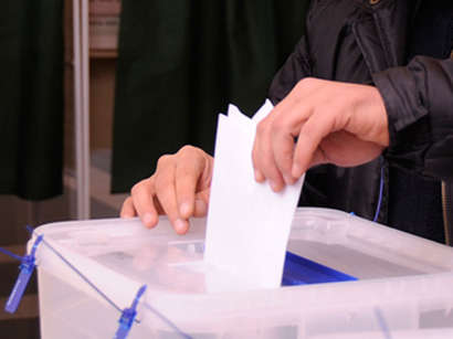 عکس: آغاز رفراندوم قانون اساسی در آذربایجان / آذربایجان
