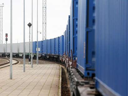 صور: أذربيجان وتركيا وتركمانستان توقع على بيان لانشاء ممر النقل من بكين إلى لندن  / تركمنستان