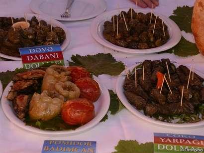 عکس: دلمه، غذای ملی آذربایجان (گزارش تصویری) / تصویری