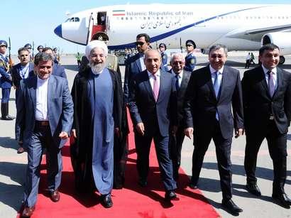 عکس: سفر روحانی به باکو آغاز شد / ایران