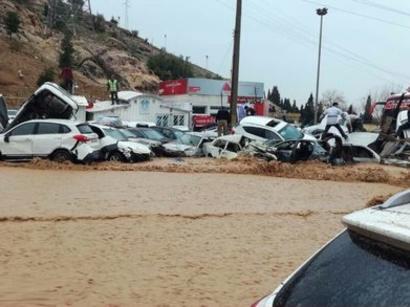 عکس: تأیید مرگ 31 نفر در پی بارندگی های اخیر / حوادث