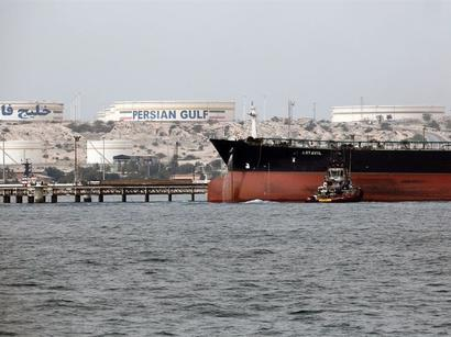 عکس: ژاپن بیمه واردات نفت از ایران را تمدید کرد / اخبار تجاری و اقتصادی