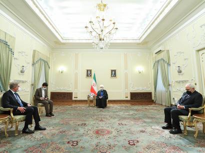 عکس: تاکید رئیس جمهور ایران و وزیر امور خارجه پاکستان بر روابط اقتصادی و تجاری / اخبار تجاری و اقتصادی