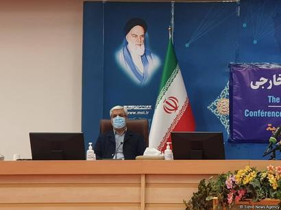 عکس: رییس ستاد انتخابات ایران: امیدواریم مشارکت در این دوره به بیش از ۵۰ درصد برسد   / سیاست