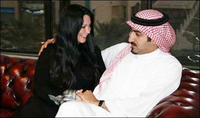 Вышла замуж за мужчину из каира