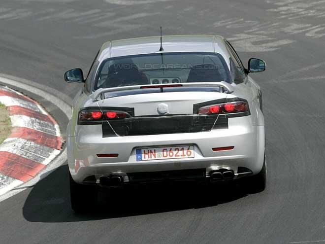 Alfa 159 GTA spy photos