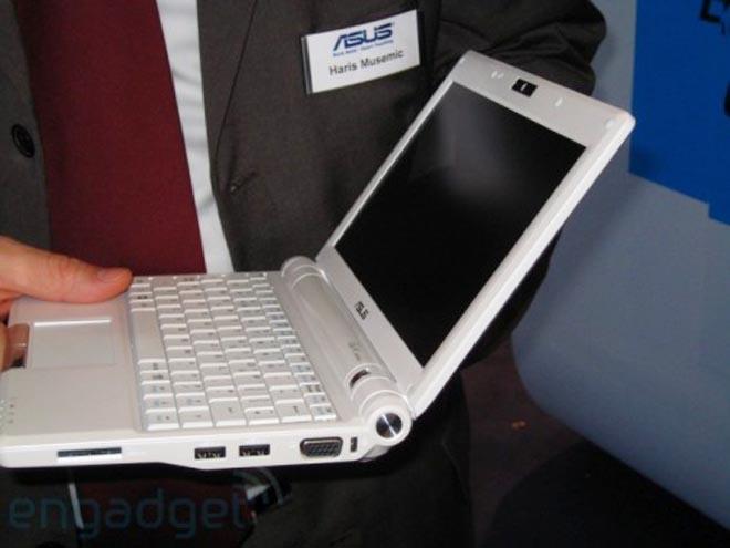ASUS показала 8,9-дюймовый EEE PC