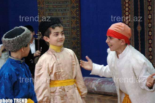 В Баку, в музее Ковра дети отметили Новруз Байрамы