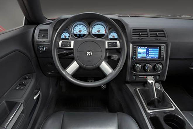 Линейка Dodge Challenger пополнилась доступными модификациями