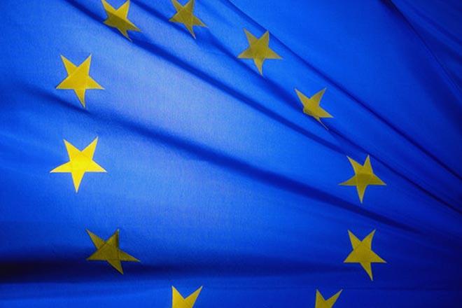 ЕСпризываетСБ ООН продолжить работать над изучением химатак вСирии