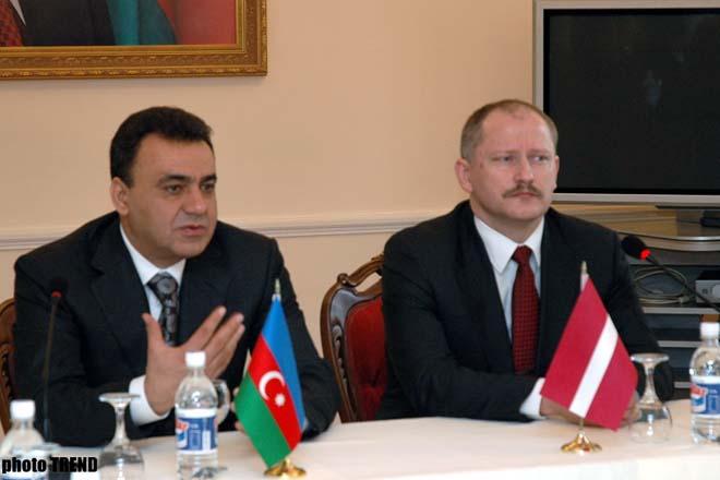 Azerbaijan   Latvia Sign Protocol on Results of Economic Commission Meeting