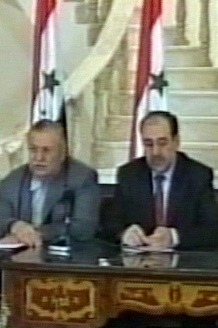 """Религиозные лидеры Ирака согласились разрешить бывшим членам партии """"Баас"""" занимать чиновничьи и военные посты (видео)"""