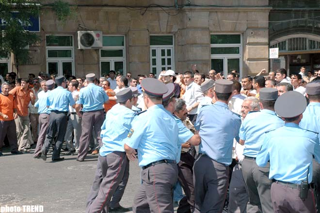 MEMBERS OF MODERN MUSAVAT HOLD A RALLY IN FRONT OF PFAP (R) BUILDING