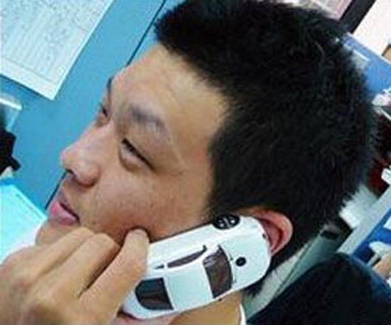 Китайцы превратили немецкое купе в телефон