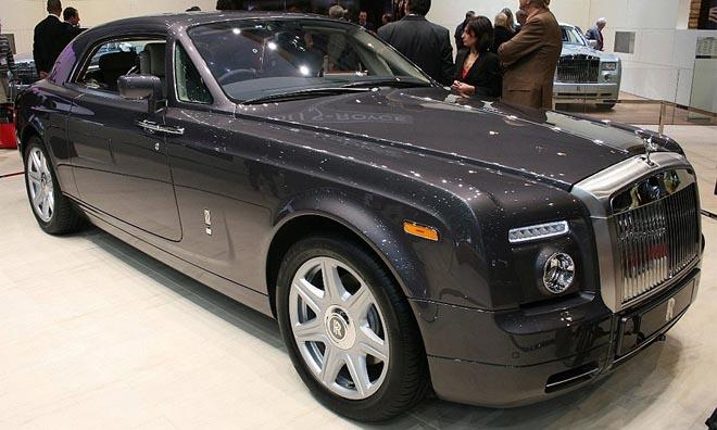 Состоялась мировая премьера купе Rolls-Royce Phantom