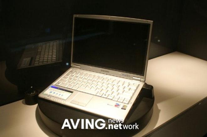 Samsung Fuel Cell: месяц автономной работы ноутбука