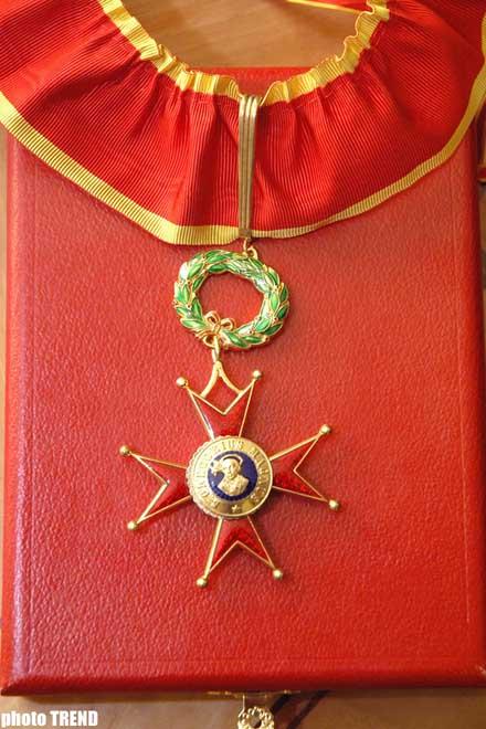 Qafqazın şeyxulislamı Vatikanın müqəddəs Qriqori ordeni ilə təltif olunub