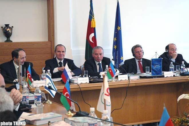 Azərbaycan Konstitusiyasının 10 illiyinə həsr olunmuş konfrans keçirilir