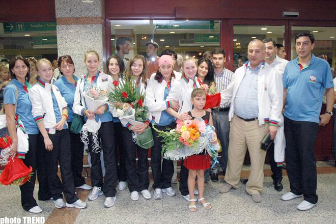 Azerbaijani Sportsmen Return from Olympic Games in   Beijing (video)