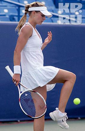 Сексуальная теннисистка 2008