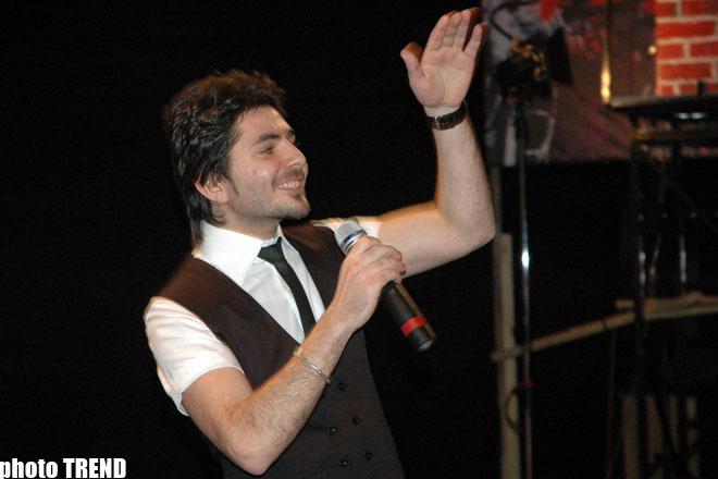 Рагим Рагимли раскрыл секреты ночной жизни азербайджанских шоу-звезд ( фотосессия)