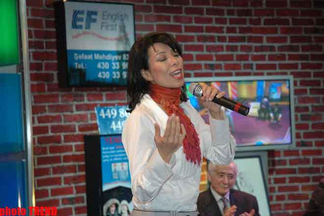 Известная азербайджанская пианистка из Голландии отказала Рагиму Рагимли ( фотосессия)