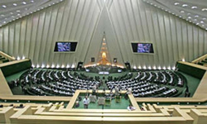 Иранский парламент проведет 1 января экстренное заседание