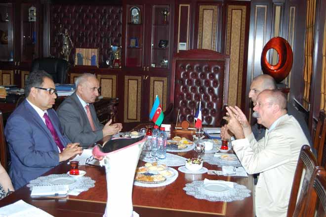 Azerbaijani, French universities to exchange specialists (PHOTO)
