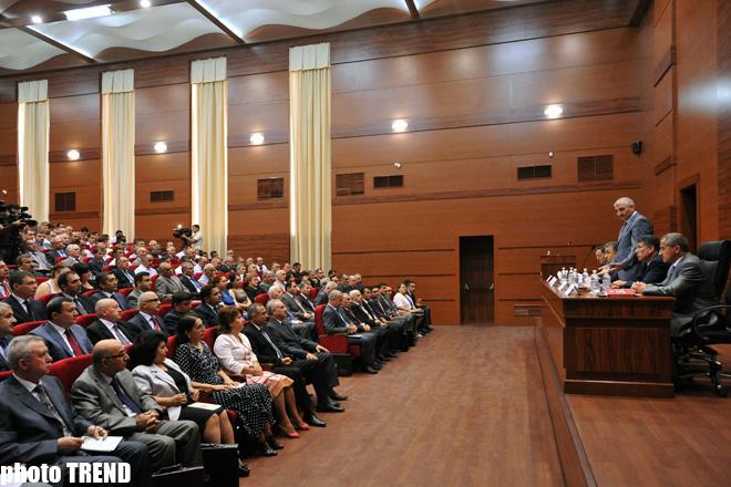 Azərbaycan MSK-sı dairə seçki komissiyalarının sədrləri üçün ixtisaslaşdırılmış kurslara başlayıb (FOTO)