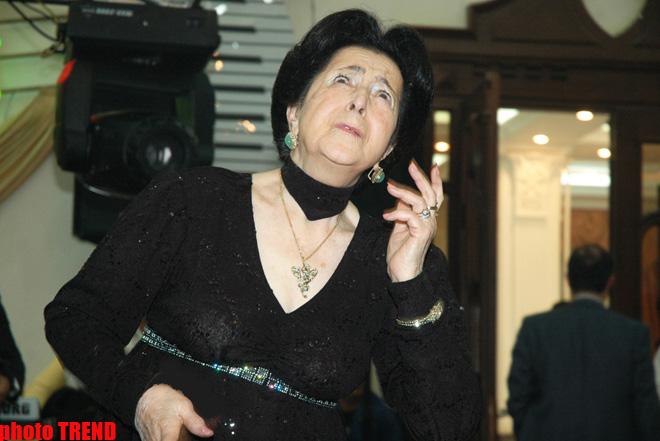 Скончалась легендарная азербайджанская танцовщица Хумар Зульфугарова (ФОТО)