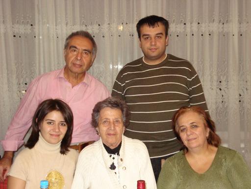 Открытое письмо от единственного внука Зивер бека Ахмедбекова (фотосессия)