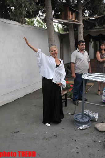 """Xalq artisti Aygün Kazımova Namibiyada qazandığı dostları ilə birgə """"tozanaq qopardı"""" (FOTO)"""