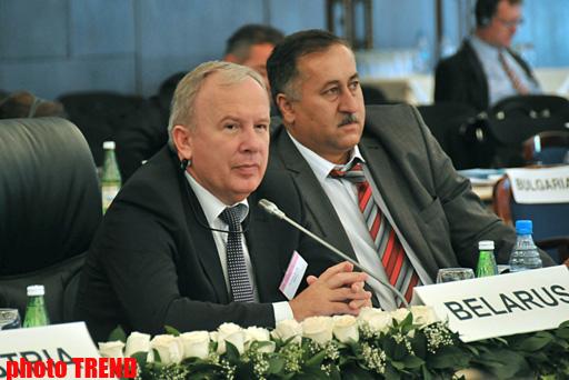 Belarus Azərbaycan vətəndaşlarına yüksəktexnologiyalı tibbi xidmətlər göstərməyə hazırdır - nazir (FOTO)