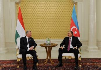 Azerbaijani, Hungarian presidents meet one-on-one (PHOTO)
