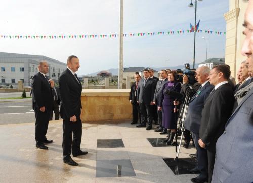 Azerbaijani President inaugurates recreation and entertainment park in Oguz (PHOTO)