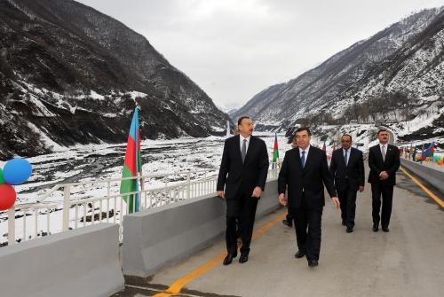 Azerbaijani president inaugurates bridge in Gakh region (PHOTO)
