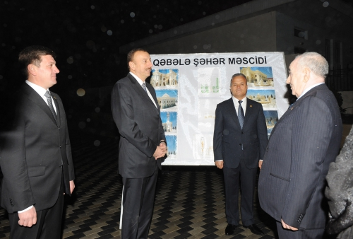 Azerbaijani president inspects construction work at city mosque's new building in Gabala region (PHOTO)