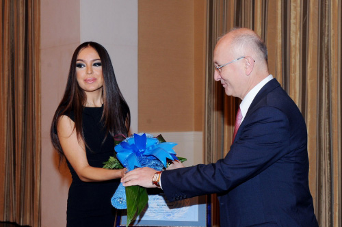 Vice-president of Heydar Aliyev Foundation awarded special certificate of UN (PHOTO)