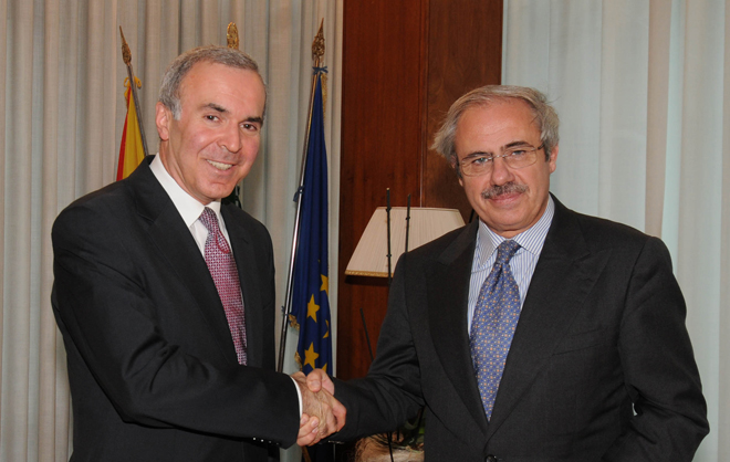 Azerbaijan and Italy discuss issues of cooperation (PHOTO)