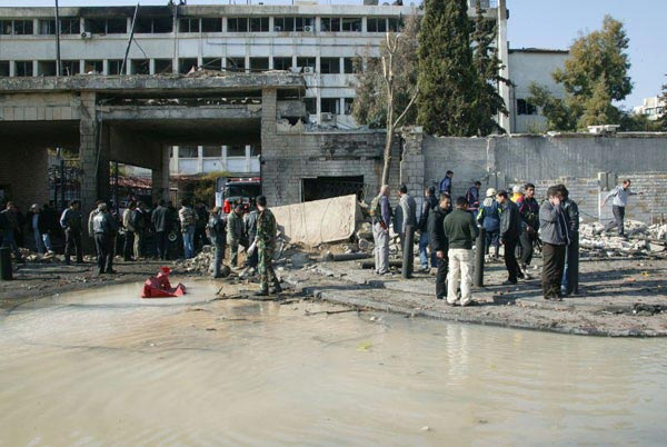 'Twin suicide bombs' hit Syrian capital