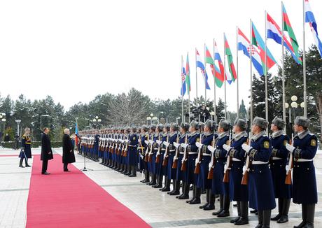 В Баку состоялась церемония официальной встречи Президента Хорватии (ФОТО)