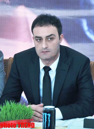 В Баку прошла пресс-конференция, посвященная концерту Мурата Боза (фото)