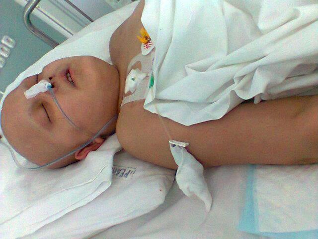 14-летнему Али Велиеву нужна срочная помощь - рак крови (фото, документы)