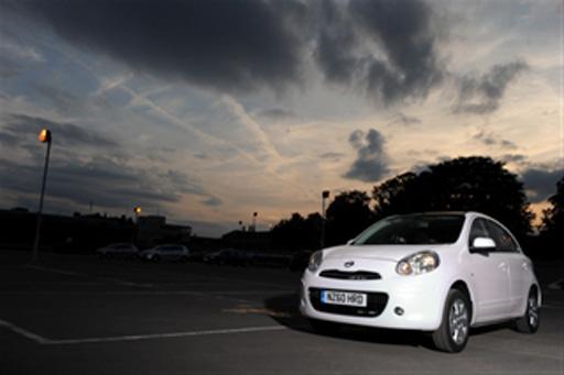 Nissan Azərbaycandan Micra alana parktronik hədiyyə! (FOTO)