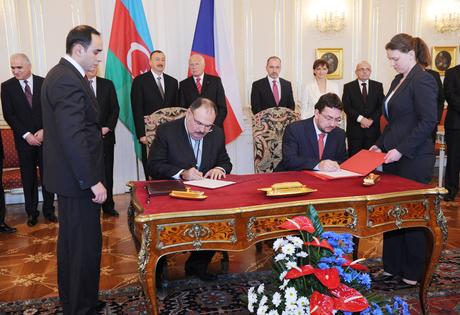 Azərbaycan və Çexiya arasında bir sıra sənədlər imzalanıb (FOTO)