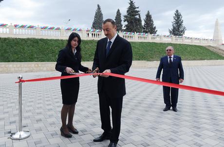İlham Əliyev Qazax Gənclər Mərkəzinin açılışında iştirak edib (FOTO)